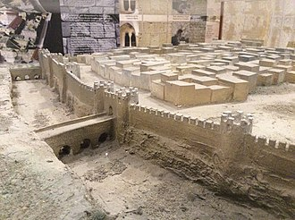 Siege of Melite (870) - A possible reconstruction of the Roman walls of Melite (model by Richard Azzopardi and Stephen C. Spiteri, displayed at the Fortifications Interpretation Centre)