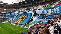Segrarlaget Inters tilskuerrally inden kick-off i finalen