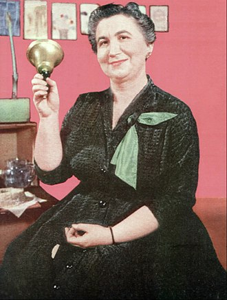 Frances Horwich - Horwich as Miss Frances beginning a Ding Dong School program