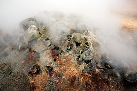 Fumarole im Feld Námafjall Hverir 6044.JPG