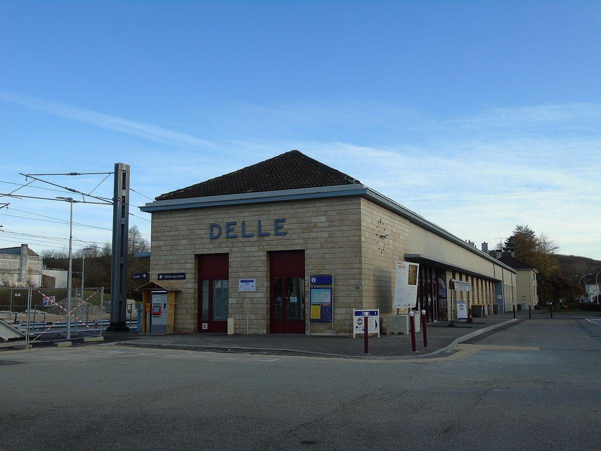 Gare de delle wikip dia for Garage de la gare bretigny