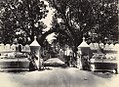 Gateway into the Sardar Bag, Junagadh.jpg