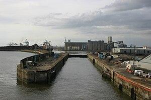 Gladstone Dock - Gladstone Lock