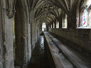 Lavatorium - 14th-century lavatorium at Gloucester Cathedral