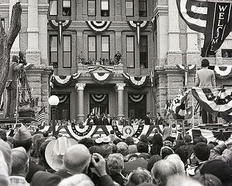Dolph Briscoe - Briscoe at his 1973 inauguration
