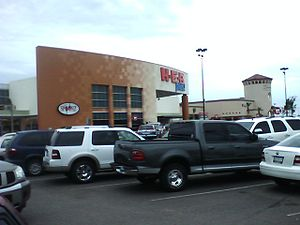 H-E-B - H-E-B Plus store in Laredo, Texas