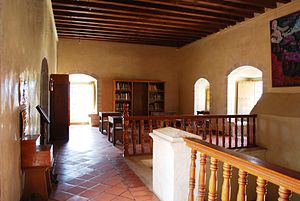 Ocotlán de Morelos - Hall on upper level of the former monastery