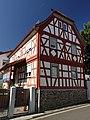 Hanau-Mittelbuchen, Hinter der Kirche 3.jpg