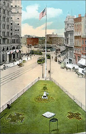 Downtown Syracuse - Veteran's Park in Syracuse, New York about 1900 - Later renamed Hanover Square