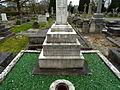 Harlow Hill Cemetery 043.jpg