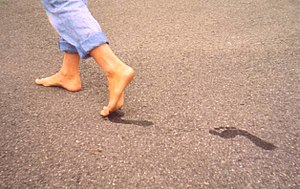Running barefoot is better, researchers find