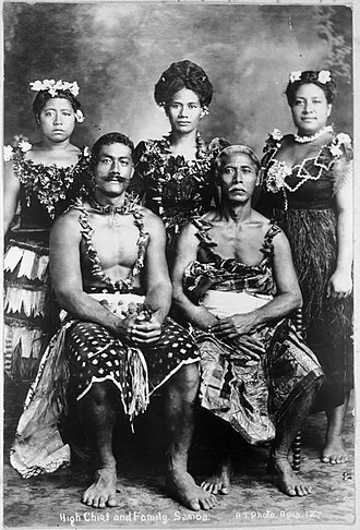 Samoans - Samoan chief and family, ca 1914