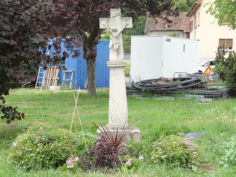 Hilbesheim (Moselle) croix de chemin