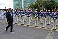 Honras militares ao secretário de Defesa e Desenvolvimento Urbano do Sri Lanka, Gotabaya Rajapaksa. (11969098865).jpg
