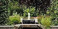 Hortus Haren. Fontein met waterval 02.JPG