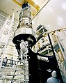 Hubble Space Telescope Assembly (28249635201).jpg