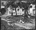 Hubert von Heyden - Geflügelhof - 8678 - Bavarian State Painting Collections.jpg