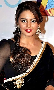 Huma Qureshi at Zee Cine Awards 2013.jpg