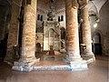 Interno della chiesa del Santo Sepolcro, Bologna.jpg
