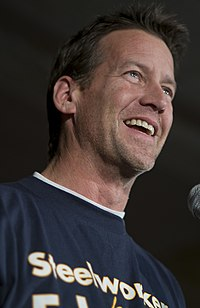 James Denton supports Edwards.jpg