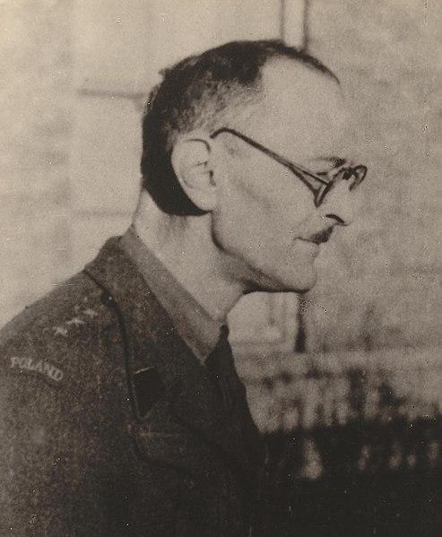 File:JanKarczewski 1945.JPG