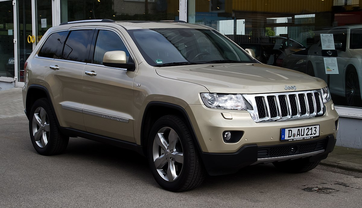 2017 Jeep Grand Cherokee Srt White >> Jeep Grand Cherokee (WK2) - Wikipedia