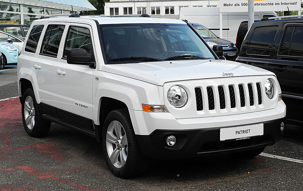 File:Jeep Patriot 2.2 CRD Limited (Facelift ...