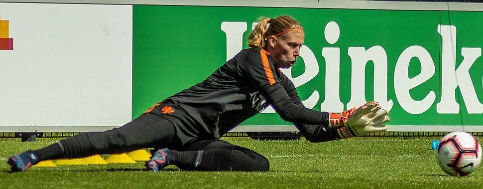 Jennifer Vreugdenhil in May 2019 (cropped)