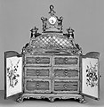 Jewel cabinet with watch MET 210299.jpg