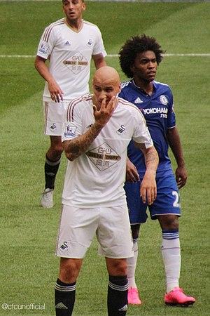Jonjo Shelvey - Shelvey playing for Swansea City 2015