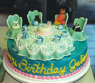 Food presentation - Elaborately decorated tea party birthday cake