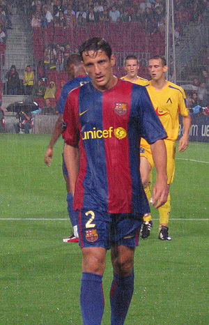 Juliano Belletti - Belletti playing for Barcelona in 2006