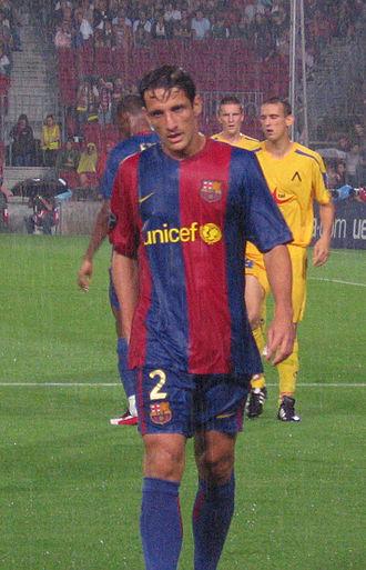 Juliano Belletti - Belletti playing for Barcelona in 2006