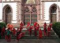 Künstlerische Aktion hauptsacherot auf dem Stühlinger Kirchplatz in Freiburg 7.jpg