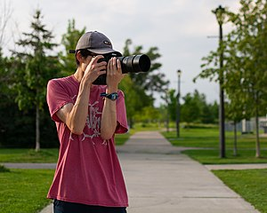 K6ka self-portrait with D7100 2021-08-17.jpg