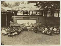 KITLV 19619 - Kassian Céphas - Wayang kulit at Yogyakarta during Sekaten (festival on the birthday of the Prophet) - Around 1896.tif