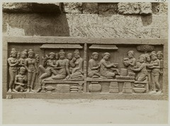 KITLV 27992 - Kassian Céphas - Relief of the hidden base of Borobudur - 1890-1891.tif