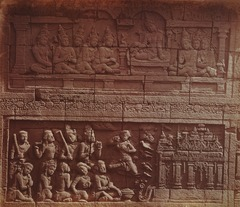 KITLV 90013 - Isidore van Kinsbergen - Reliefs on the Borobudur near Magelang - Around 1900.tif