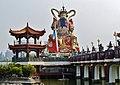 Kaohsiung Lotus Pond Statue des Jade-Kaisers 05.jpg
