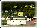 Kaub - Zollburg Pfalzgrafenstein - panoramio.jpg