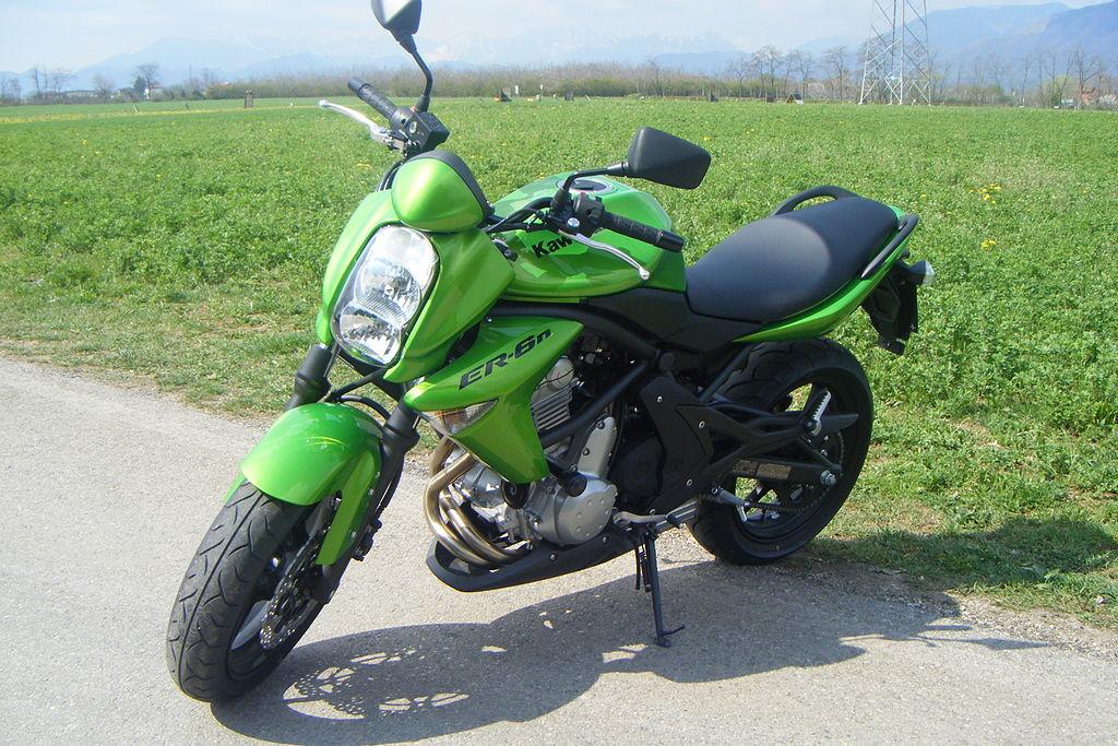 Kawasaki ER-6n green 2008