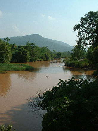 Phetchabun Mountains - Image: Khek River in Wang Thong