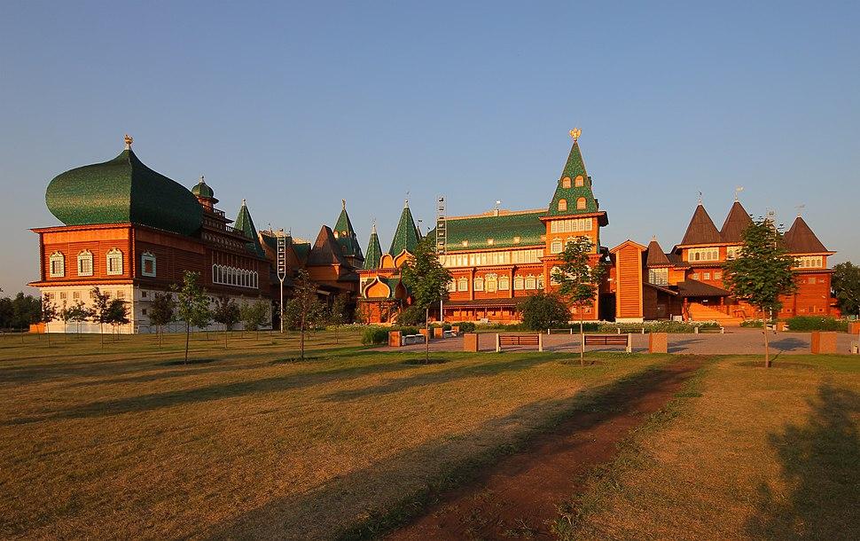 Kolomenskoe Wooden Palace (Morning)