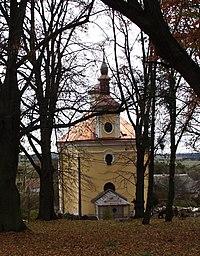 Kostel sv.Jana Nepomuckého, Vyklantice, Pelhřimov.JPG