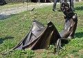 Kovové plastiky u příkopu před jádrem hradu Helfštýn (Q72740012) 02.jpg