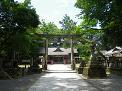 Kure Hachimangu shrine.jpg