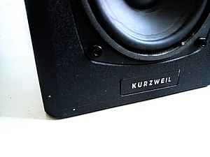 Kurzweil Music Systems - Image: Kurzweil ks 40a speakers
