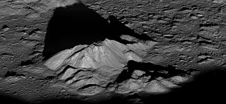 Tycho (lunar crater) - Image: LRO Tycho Central Peak 0.25