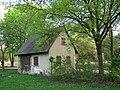 Ladenburg Reinhold Schulz-Waldpark kleines Haus.JPG