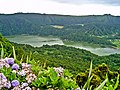 Lagoa Verde - Ilha de São Miguel - Portugal (3997396245).jpg